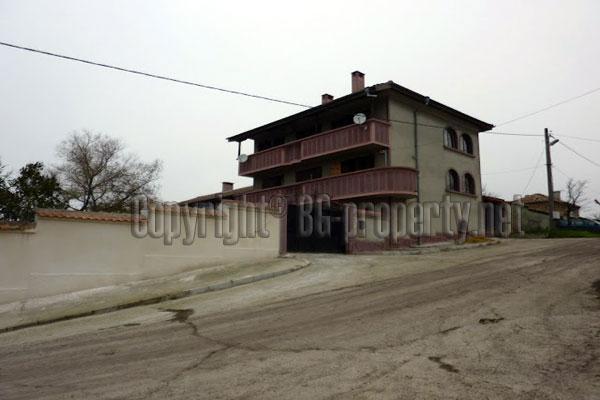 house for sale in banovo village near varna. Black Bedroom Furniture Sets. Home Design Ideas